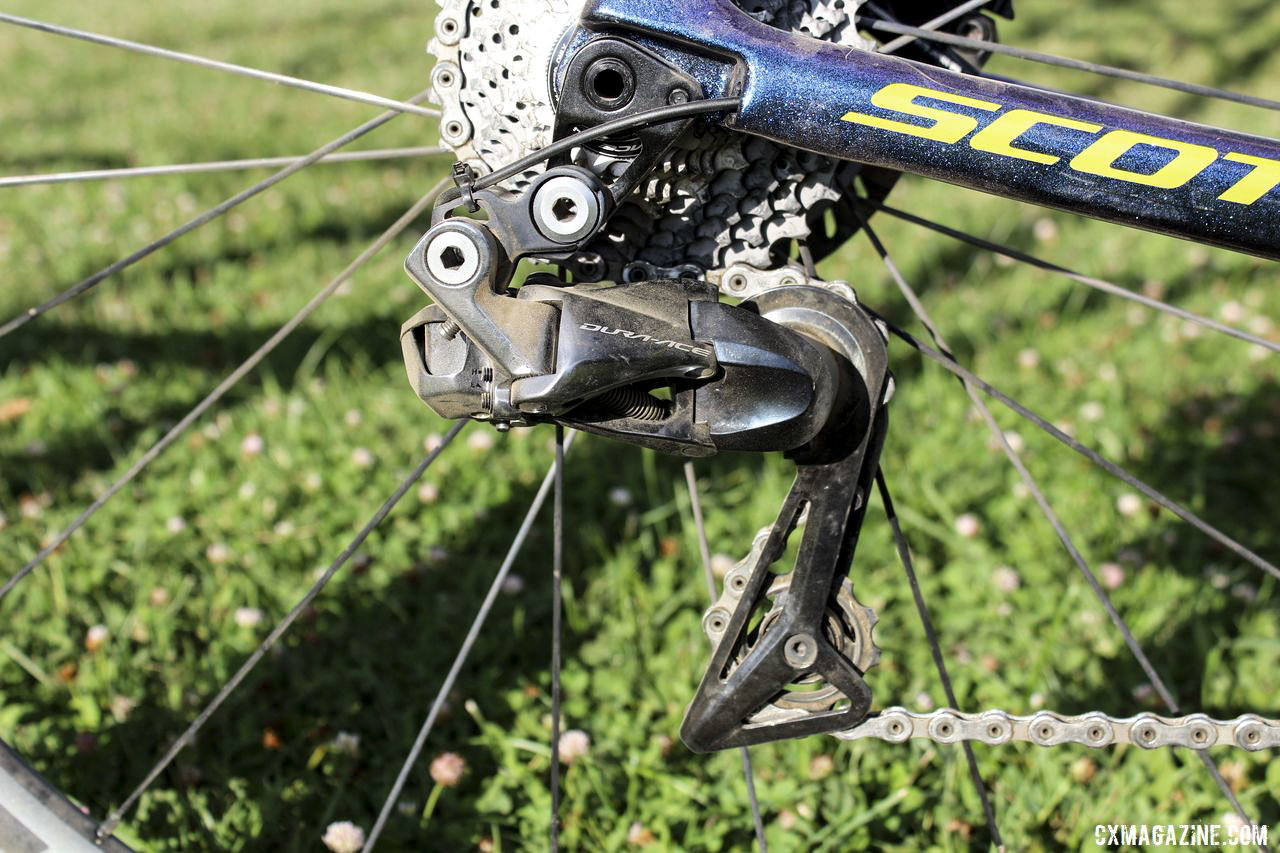 While Shimano GRX and the RX rear derailleur were popular with Americans at Rochester, Baestaens went the Euro route with a Dura-Ace Di2 R9150 rear derailleur. Vincent Baestaens Rochester Day 1 Winning Scott Addict CX. © Z. Schuster / Cyclocross Magazine