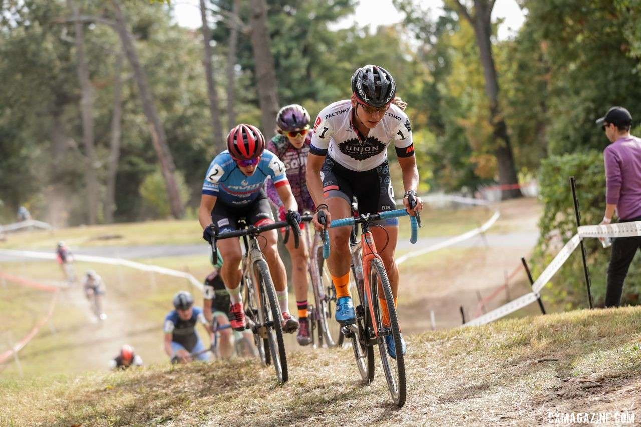 Racing in the Elite Women's race was tight throughout on Saturday. 2019 DCCX Day 1. © Bruce Buckley