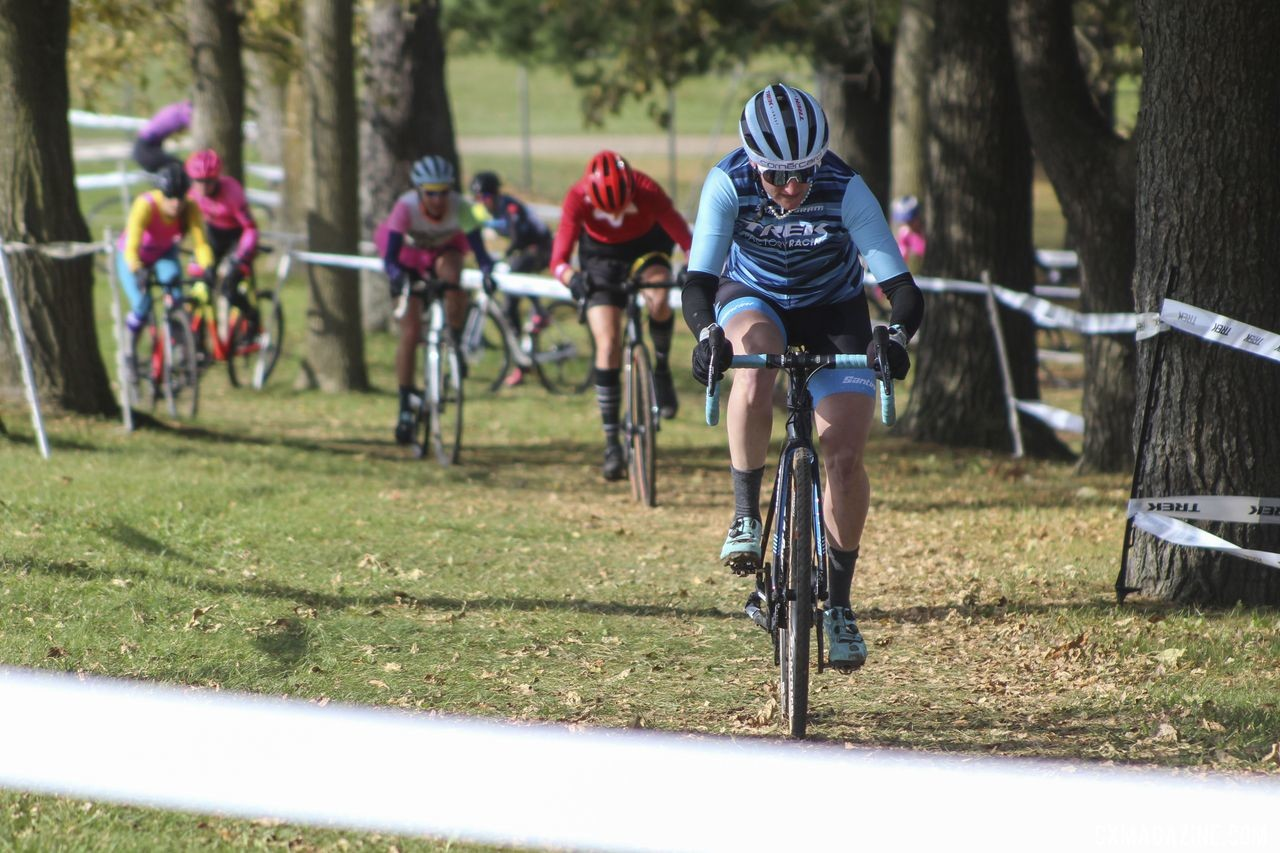 Feldy Poof Erin Feldhausen took the lead early in the Elite Women's race. 2019 Cross Fire Halloween Race, Wisconsin. © Z. Schuster / Cyclocross Magazine