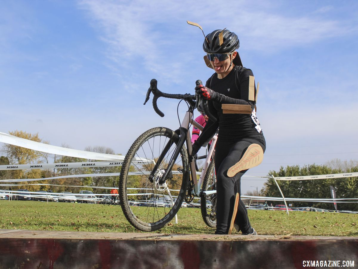 Every cyclocross series needs a good Halloween race. 2019 Cross Fire Halloween Race, Wisconsin. © Z. Schuster / Cyclocross Magazine