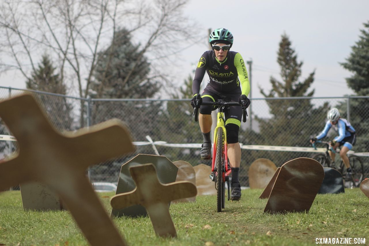 The graveyard did not claim any new victims during Saturday's race. 2019 Cross Fire Halloween Race, Wisconsin. © Z. Schuster / Cyclocross Magazine