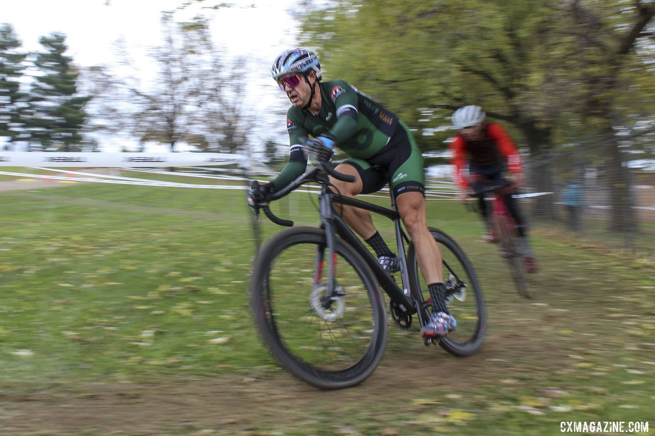 Narayan Mahon won the battle for fourth. 2019 Cross Fire Halloween Race, Wisconsin. © Z. Schuster / Cyclocross Magazine