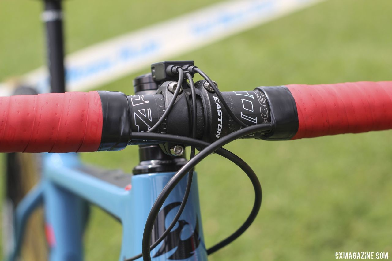 Sponsor Easton provided an EC90 SL carbon handlebar. Courtenay McFadden's Pivot Vault Cyclocross Bike. © Z. Schuster / Cyclocross Magazine