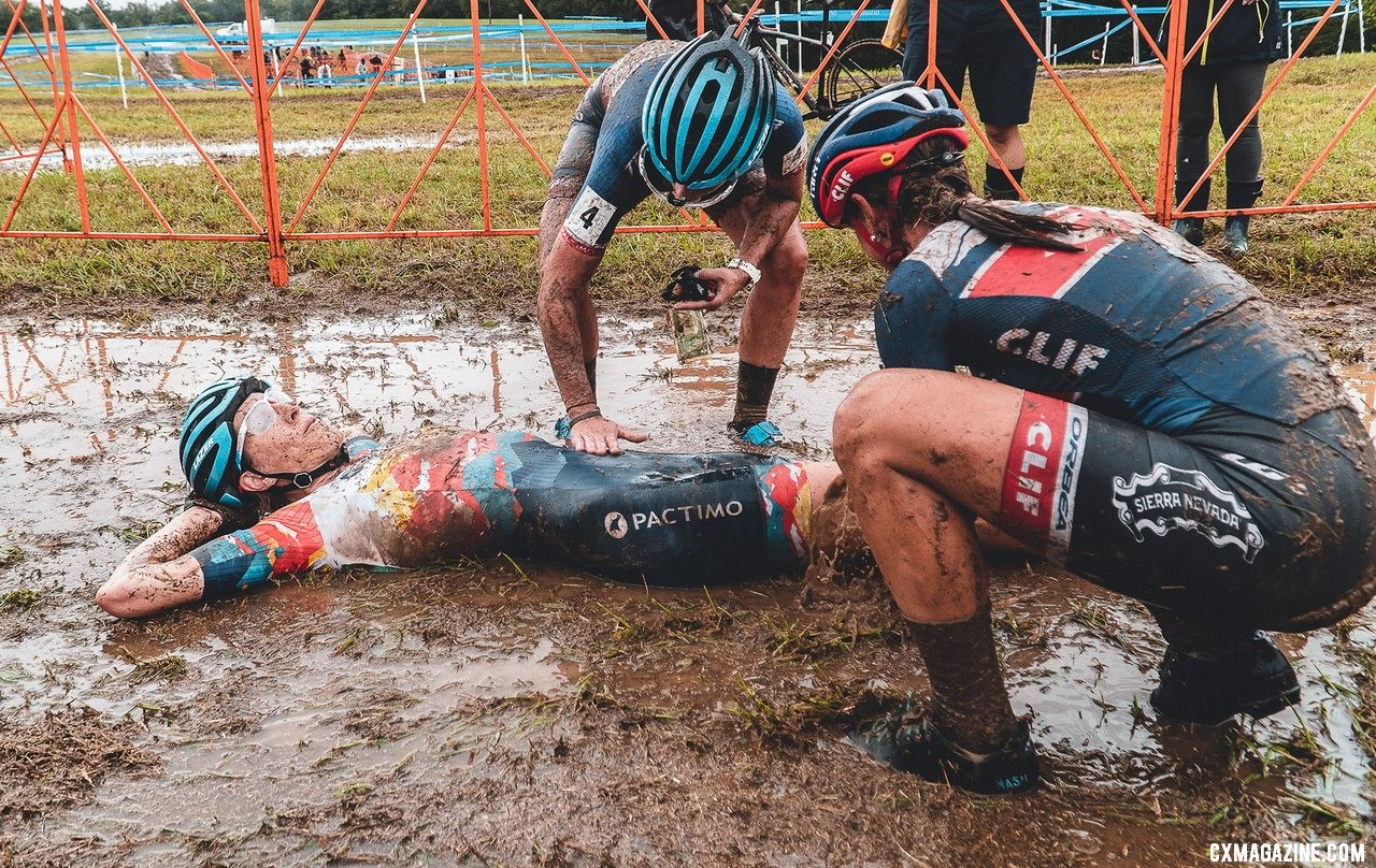 FayetteCross hosted a muddy day racing in October. 2019 FayetteCross, Fayetteville, Arkansas. © Kai Caddy