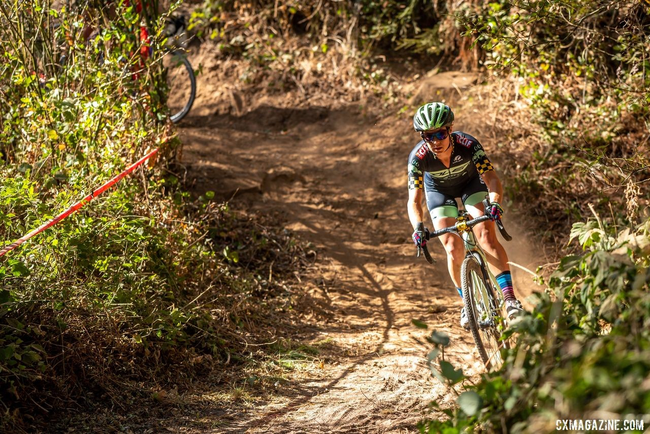 Caroline Nolan was able to forget about the fires for a moment during Sutf City CX. © Jeff Vander Stucken