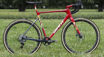 Michael van den Ham's Canadian Champ Giant TCX Advanced Pro. © D. Mable / Cyclocross Magazine