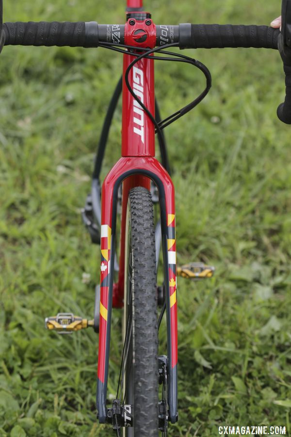 The TCX Advanced Pro has more than just UCI clearance in the front. Michael van den Ham's Canadian Champ Giant TCX Advanced Pro. © D. Mable / Cyclocross Magazine