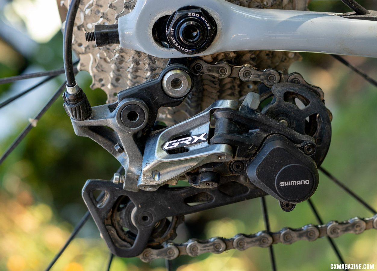 Shimano's gravel-oriented GRX mechanical components include a 1x and 2x rear derailleur. Due to a mix-up, our test bike came with a 1x derailleur paired with the 2x crankset. It shifted well, but was more challenged with chain wrap duties. © A. Yee / Cyclocross Magazine