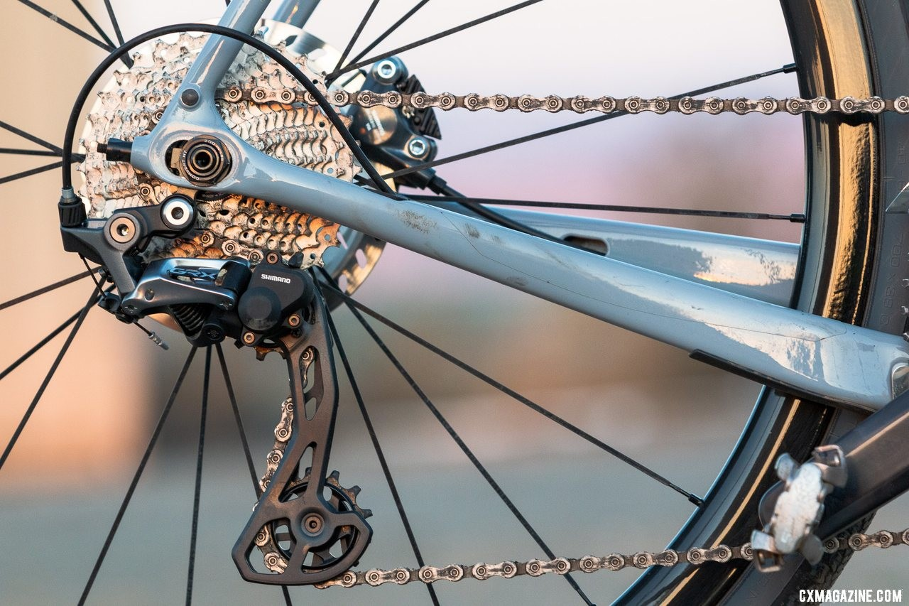 Shimano's gravel-oriented GRX mechanical components features a 2x-oriented RX810 rear derailleur with a clutch that comes with oversized pulleys for more chain wrap. © A. Yee / Cyclocross Magazine