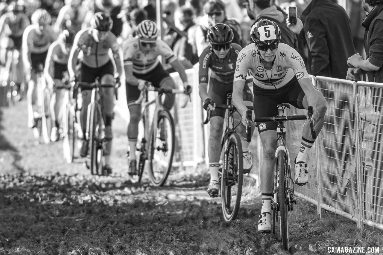 Ellen Van Loy and her helmet number lead the way early on. 2019 European Cyclocross Championships, Silvelle, Italy. © B. Hazen / Cyclocross Magazine