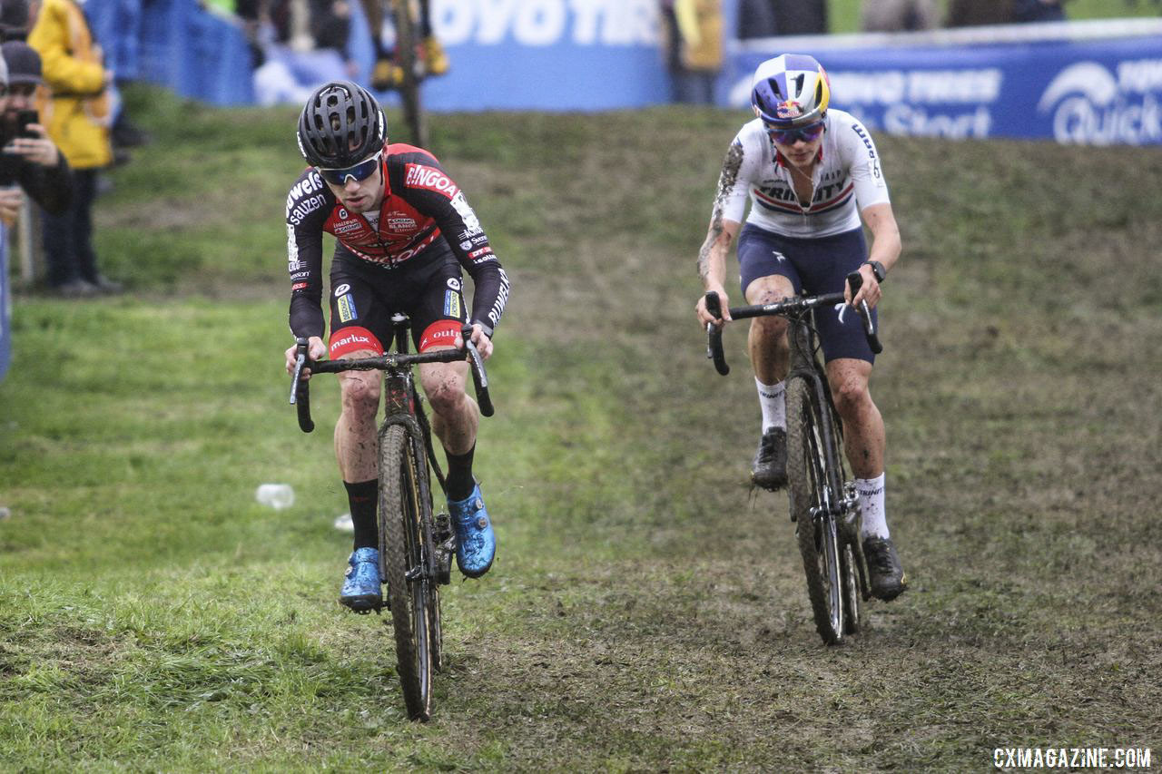 Eli Iserbyt and Tom Pidcock battled early in the race and then again late in the hour. 2019 DVV Trofee Koppenbergcross. © B. Hazen / Cyclocross Magazine