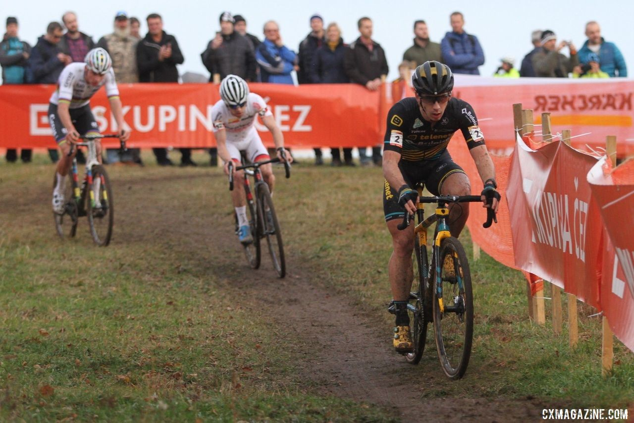 Lars van der Haar was the aggressor in Lap 6. 2019 World Cup Tabor. © B. Hazen / Cyclocross Magazine