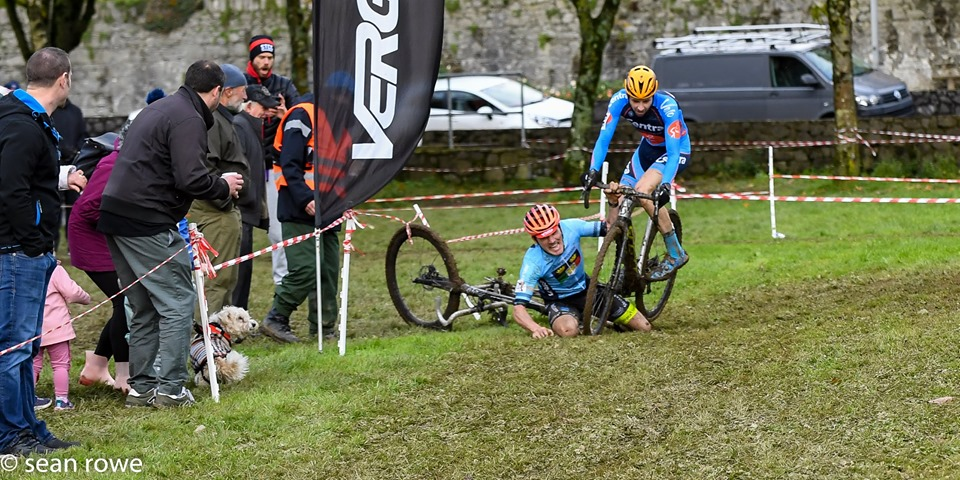 Contrary to what it looks like, no legs were harmed at the end of the race. 2019 Munster CX League Race 3. © Sean Rowe