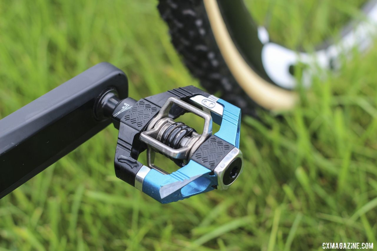 Blue Crankbrothers Candy 7 pedals kept things matchy matchy with the rest of Gilbert's bike. Sunny Gilbert's 2019/20 Van Dessel Full Tilt Boogie. © Z. Schuster / Cyclocross Magazine