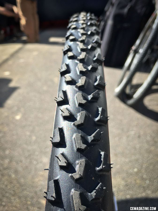 The center line reminded us immediately of a Vittoria Cross XL. IRC's prototype mud tubeless cyclocross clincher, as seen on Sammi Runnels bike in Cincy. © B. Grant / Cyclocross Magazine