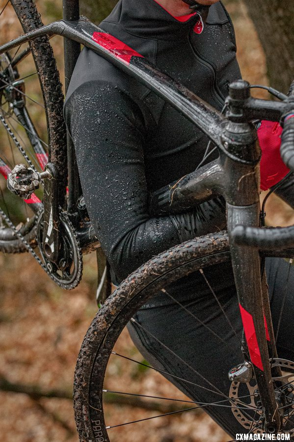 Mike Garrigan's LASTIG brand offers up a cyclocross-specific jacket that features low-bulk sleeves for bike shouldering, forearm pull tabs, a taller collar and DWR coating.