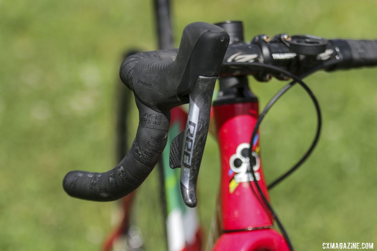 SRAM Red eTap AXS shift-brake levers complemented Larkin's Red eTap AXS derailleurs and disc calipers. Maria Larkin's Colnago Prestige Cyclocross Bike. © D. Mable / Cyclocross Magazine