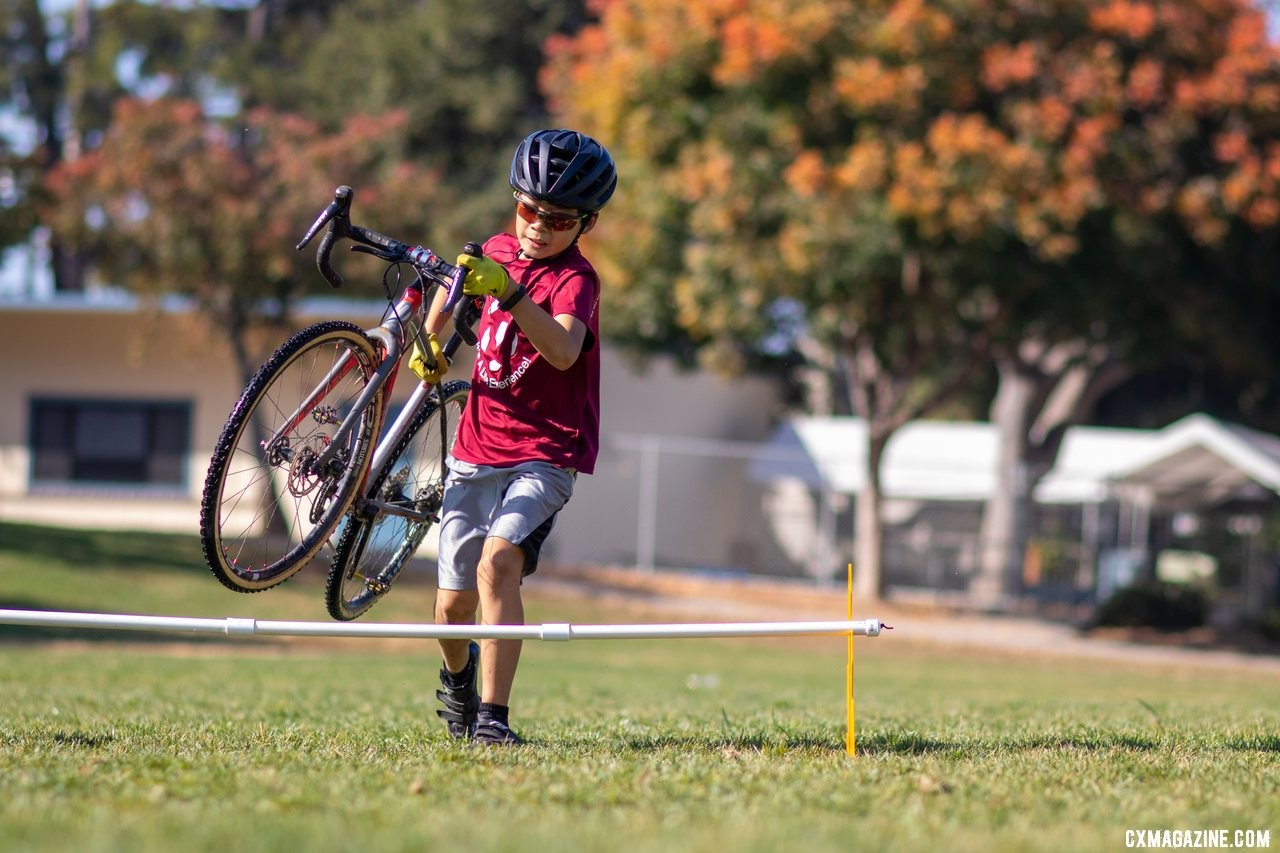 The Up.Bike portable barriers make for easy barrier practice - running or hopping. © A. Yee / Cyclocross Magazine