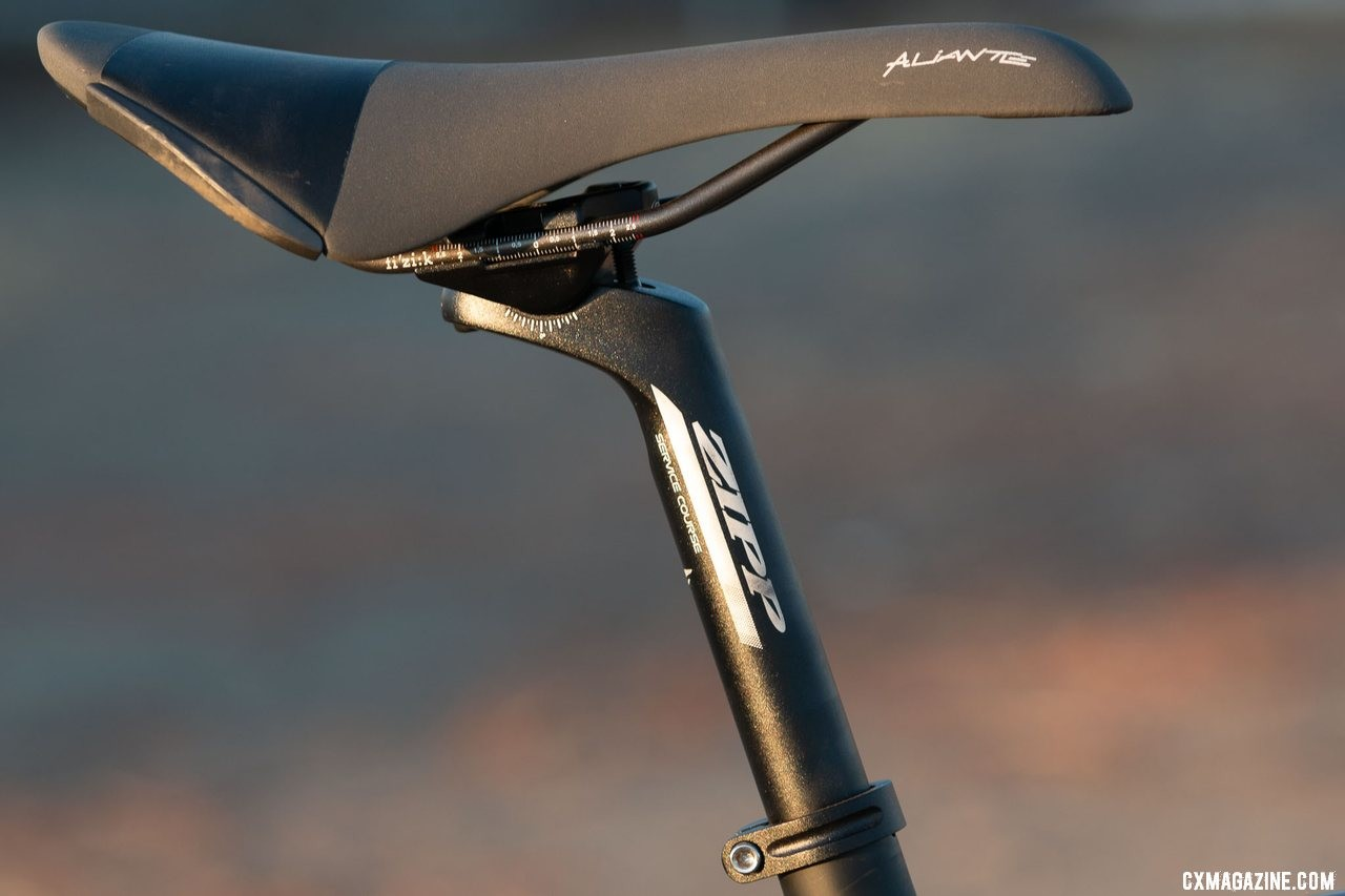 A two-bolt Zipp Service Course seat post offers a secure, name brand perch but production models ship with a zero-offset SL model. Viathon's G.1 carbon gravel bike review. © A. Yee / Cyclocross Magazine