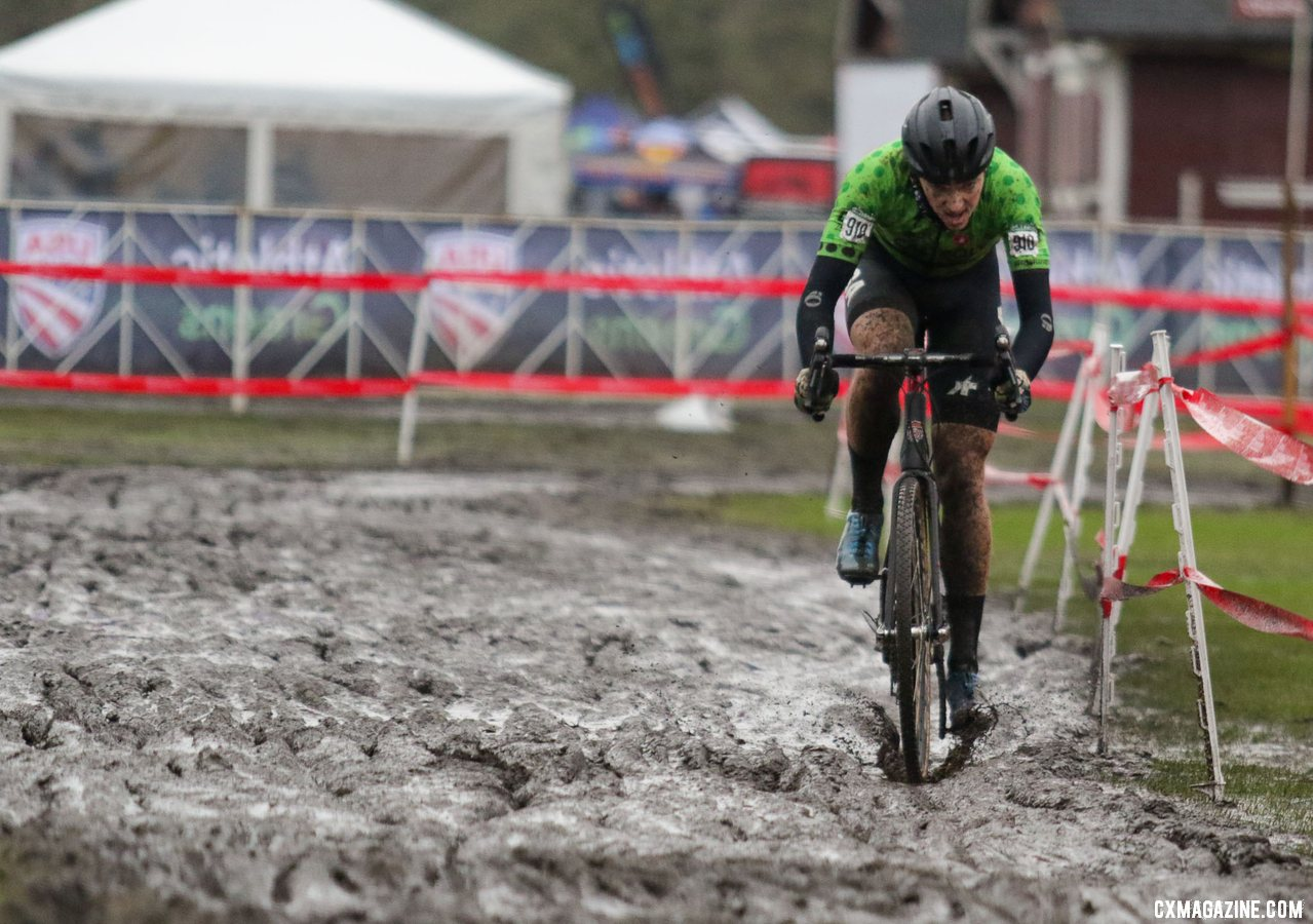 Calder Wood drives through the muck on his way to second place. Collegiate Club Men. 2019 Cyclocross National Championships, Lakewood, WA. © D. Mable / Cyclocross Magazine