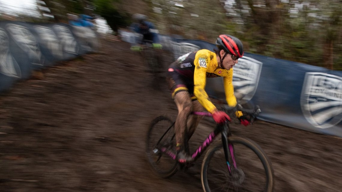 Scott Funston maintains focus as he rounds the bend of the chicane downhill. Collegiate Varsity Men. 2019 Cyclocross National Championships, Lakewood, WA. © A. Yee / Cyclocross Magazine