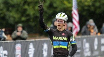 Caleb Swartz celebrates his second Collegiate Cyclocross victory in as many years. Collegiate Varsity Men. 2019 Cyclocross National Championships, Lakewood, WA. © D. Mable / Cyclocross Magazine