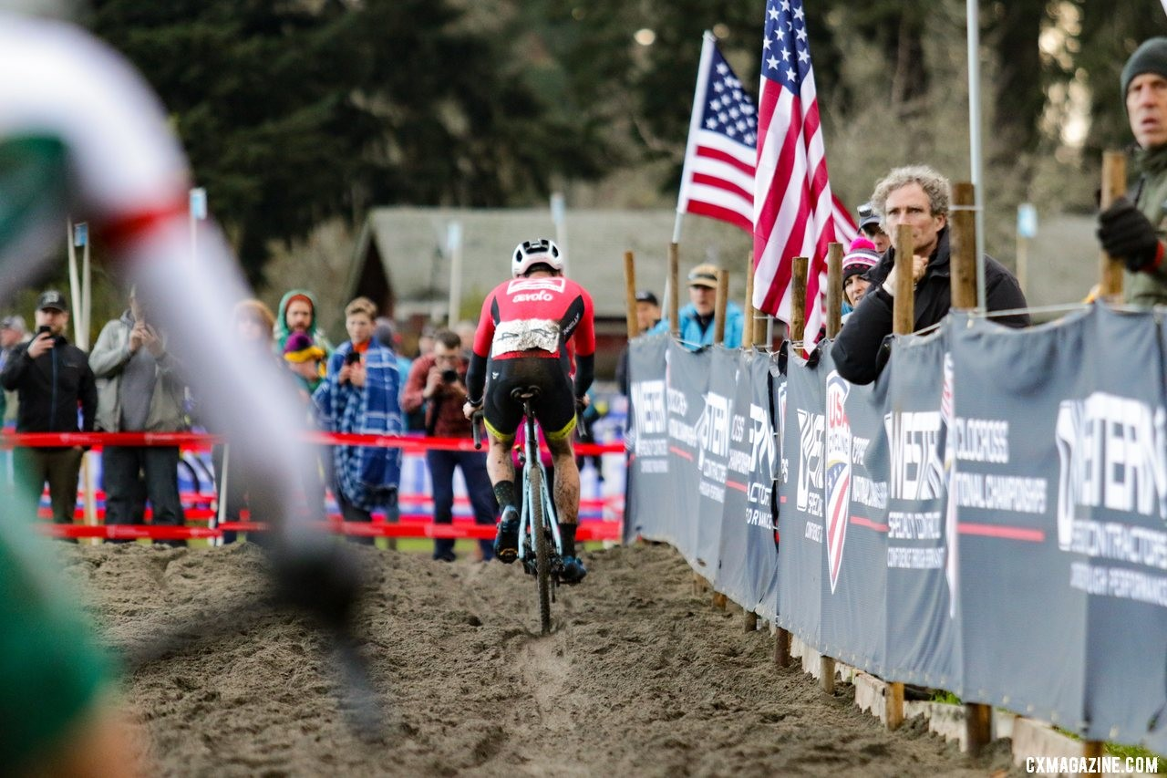Curtis White enters the sandpit as Gage Hecht nears the final few feet. Elite Men. 2019 Cyclocross National Championships, Lakewood, WA. © D. Mable / Cyclocross Magazine