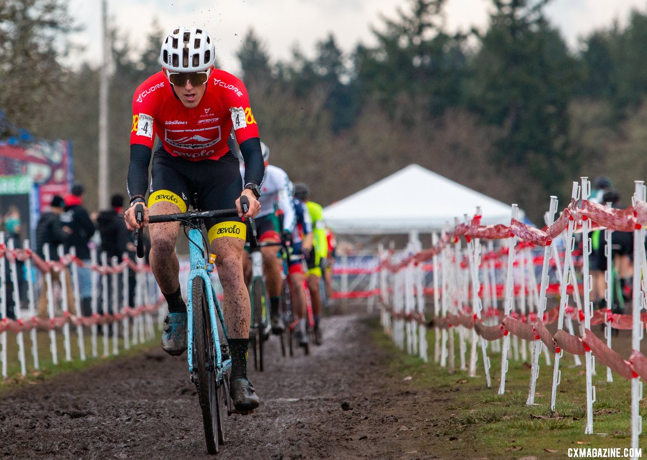 Gage Hecht led a long line of the counties best cyclocross riders. Elite Men. 2019 Cyclocross National Championships, Lakewood, WA. © A. Yee / Cyclocross Magazine