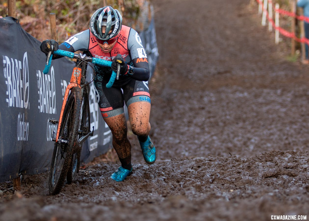 Rebecca Fahringer chased Honsinger in a bid to get to the front. Elite Women. 2019 Cyclocross National Championships, Lakewood, WA. © A. Yee / Cyclocross Magazine