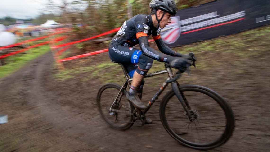 Jack Spranger powers toward the second run-up. Junior Men 15-16. 2019 Cyclocross National Championships, Lakewood, WA. © A. Yee / Cyclocross Magazine