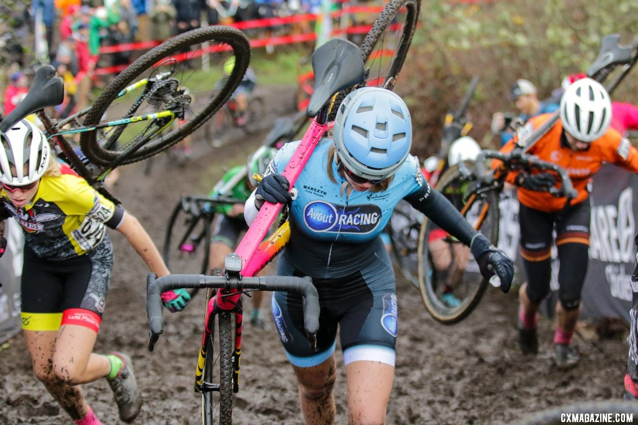 Mia Aseltine was ahead of the scrum on the second climb of the day. Junior Women 15-16. 2019 Cyclocross National Championships, Lakewood, WA. © D. Mable / Cyclocross Magazine