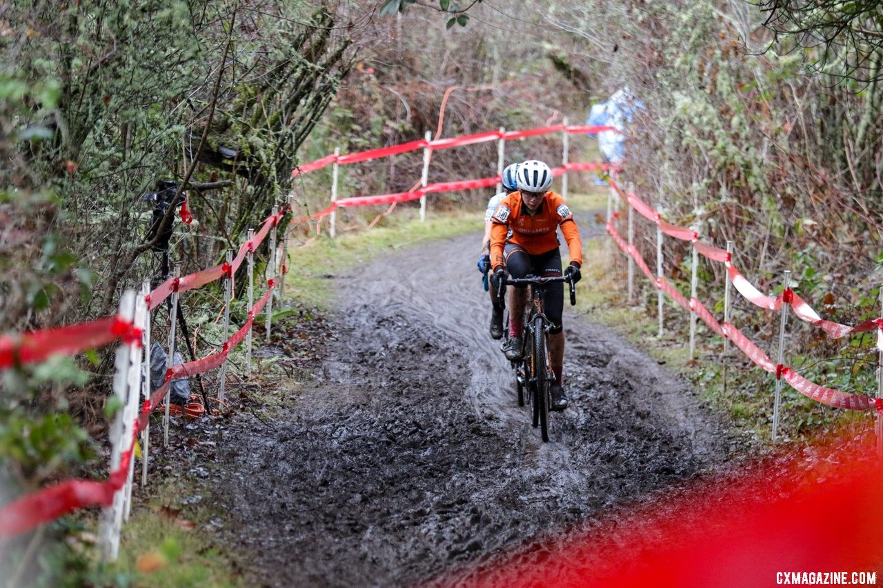Carrie Masters leads Katherine Sarkisov across the top of the course. Junior Women 15-16. 2019 Cyclocross National Championships, Lakewood, WA. © D. Mable / Cyclocross Magazine