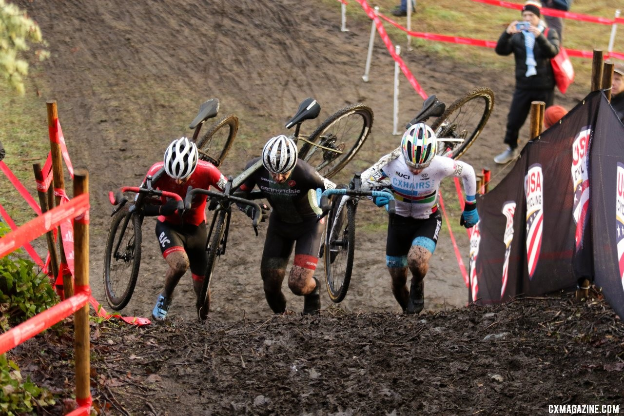 The top three sprint up the run-up. Junior 17-18 Men. 2019 Cyclocross National Championships, Lakewood, WA. © A. Yee / Cyclocross Magazine