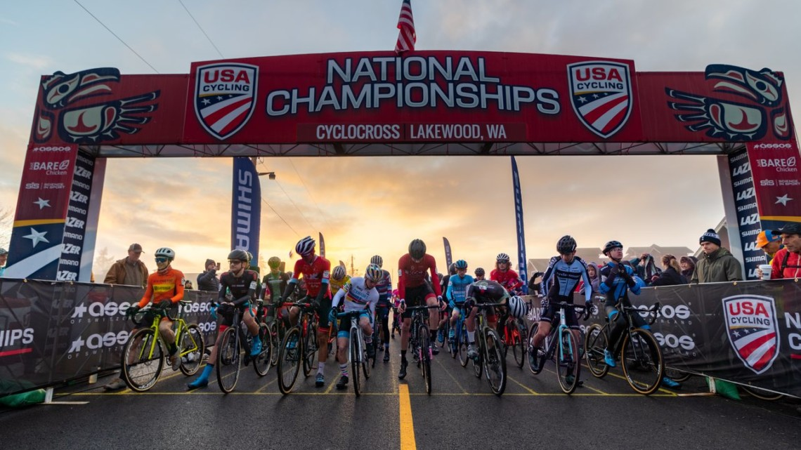 The Junior Men get set to race as the sun rises in Lakewood. Junior 17-18 Men. 2019 Cyclocross National Championships, Lakewood, WA. © A. Yee / Cyclocross Magazine