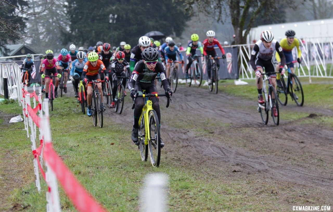 Miles Mattern sprinted the long opening straightaway to take the holeshot and lead the field to the base of the first climb. Junior Men 13-14. 2019 Cyclocross National Championships, Lakewood, WA. © D. Mable / Cyclocross Magazine