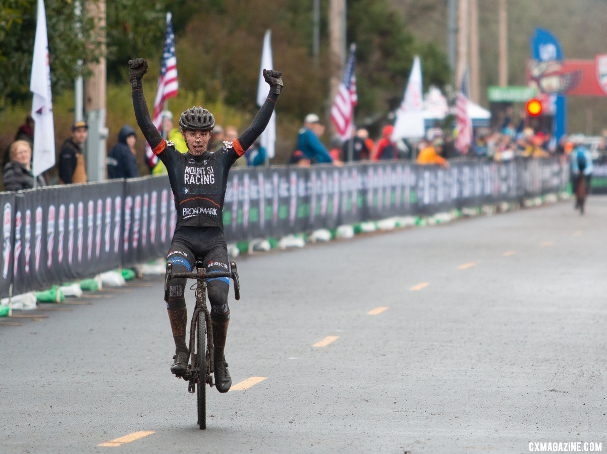 Jack Spranger celebrates his comeback win. Junior Men 15-16. 2019 Cyclocross National Championships, Lakewood, WA. © A. Yee / Cyclocross Magazine
