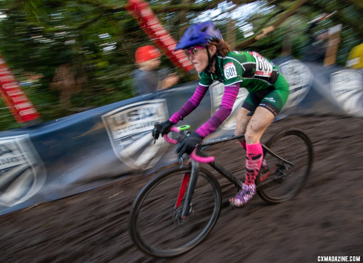 Holly Lavesser concentrates as she drops into the challenging disco drop descent. Masters Women 35-39. 2019 Cyclocross National Championships, Lakewood, WA. © A. Yee / Cyclocross Magazine