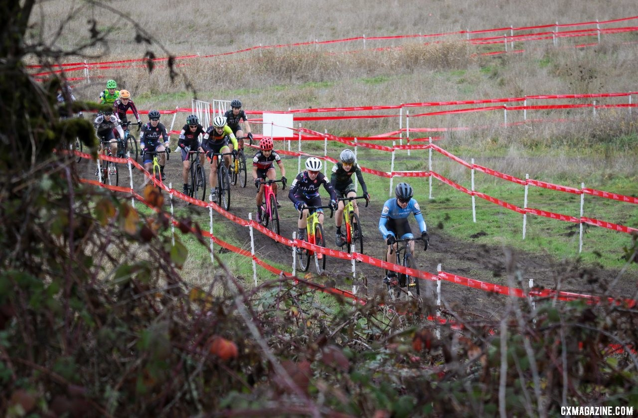 Tricia Fleischer takes the holeshot on her way to the base of the first climb. Masters Women 40-44. 2019 Cyclocross National Championships, Lakewood, WA. © D. Mable / Cyclocross Magazine