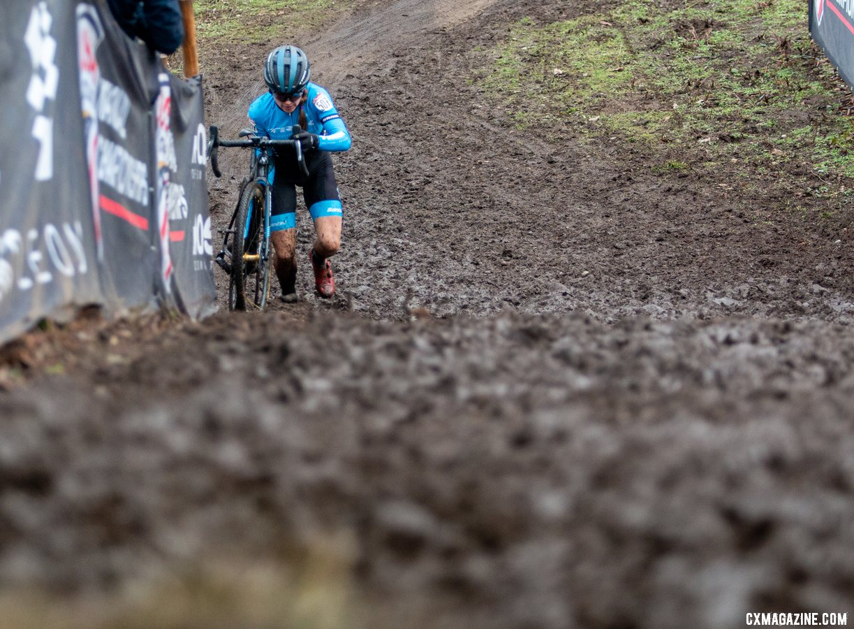 Fleischer raced off the front early in Friday's race 40-44 title. 2019 Cyclocross National Championships, Lakewood, WA. © A. Yee / Cyclocross Magazine