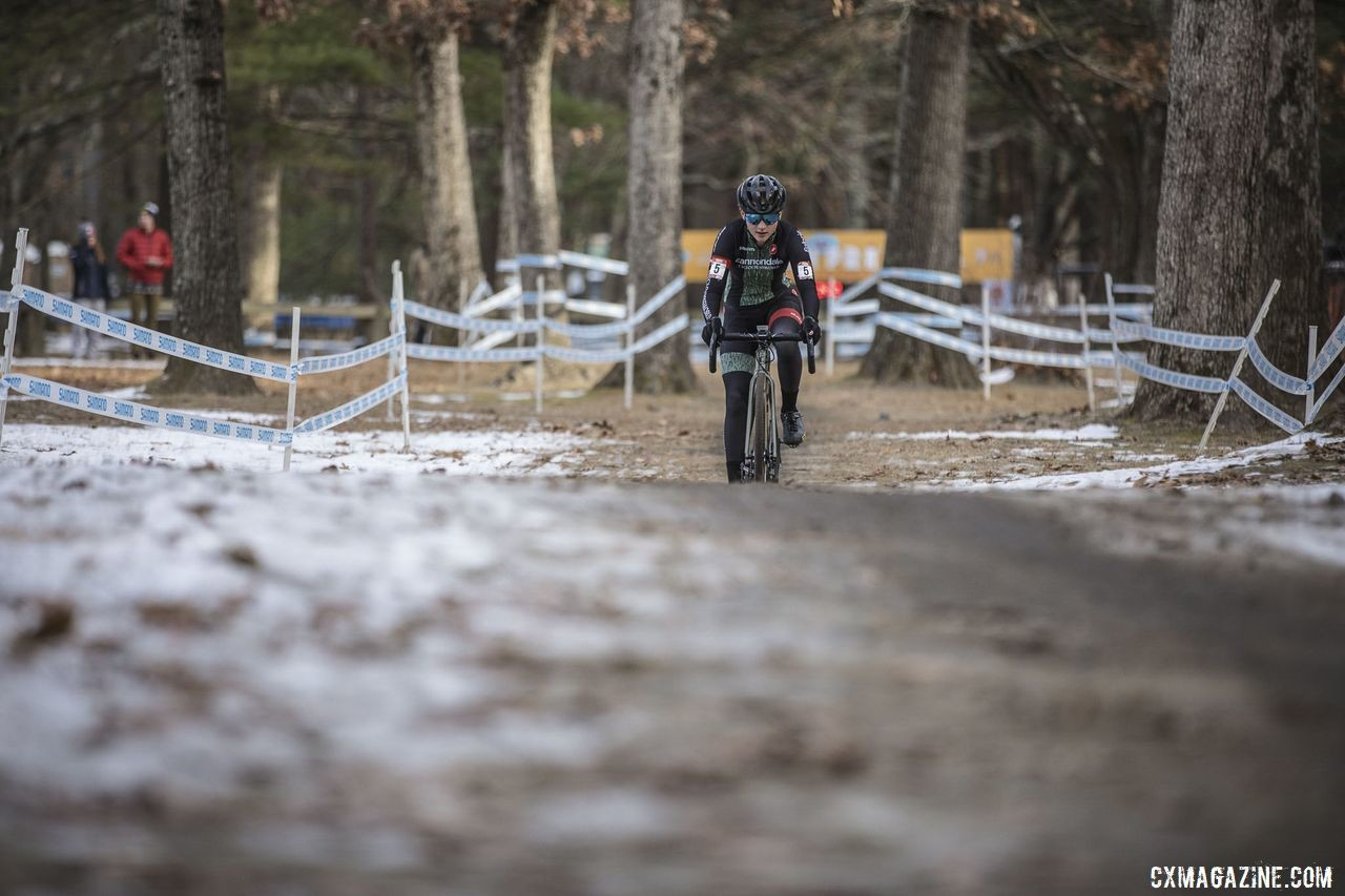 Lizzy Gunsalus gave chase of Fahringer and finished second on Day 2. 2019 NBX Gran Prix of Cross Day 2. © Angelica Dixon