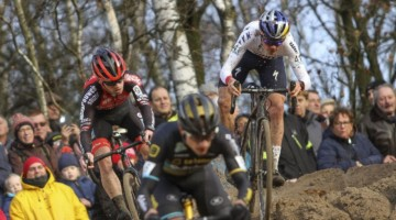 Rivals Eli Iserbyt and Tom Pidcock were in the mix on Sunday. 2019 Superprestige Zonhoven. © B. Hazen / Cyclocross Magazine
