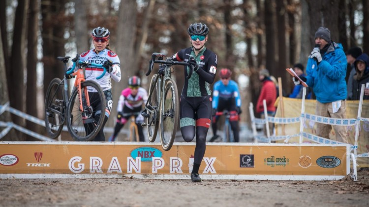 Lizzy Gunsalus leads at the barriers early on. 2019 NBX Gran Prix of Cross Day 2. © Angelica Dixon