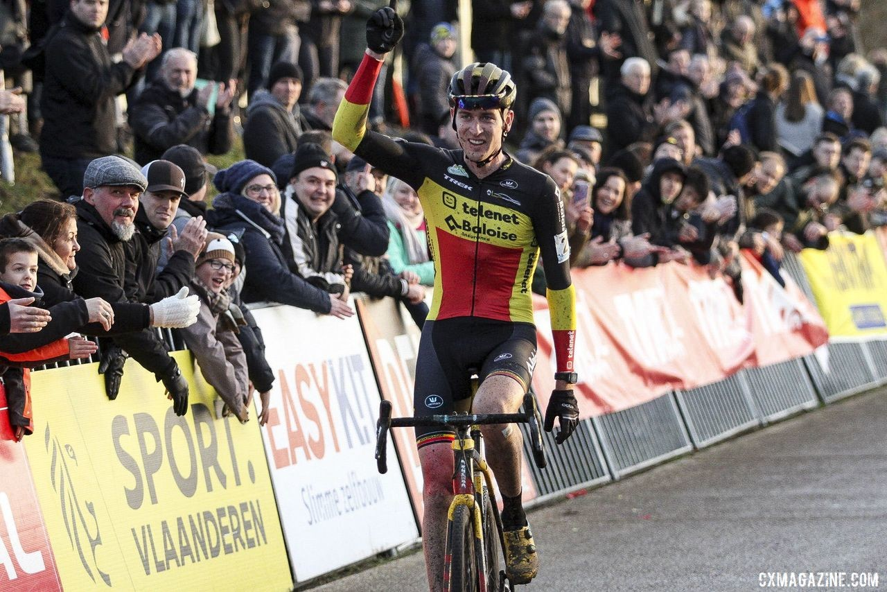 Toon Aerts was tops in the last lap to win at Zonhoven. 2019 Superprestige Zonhoven. © B. Hazen / Cyclocross Magazine