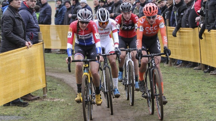 A group of four women broke free at the front. 2019 World Cup Zolder. © B. Hazen / Cyclocross Magazine