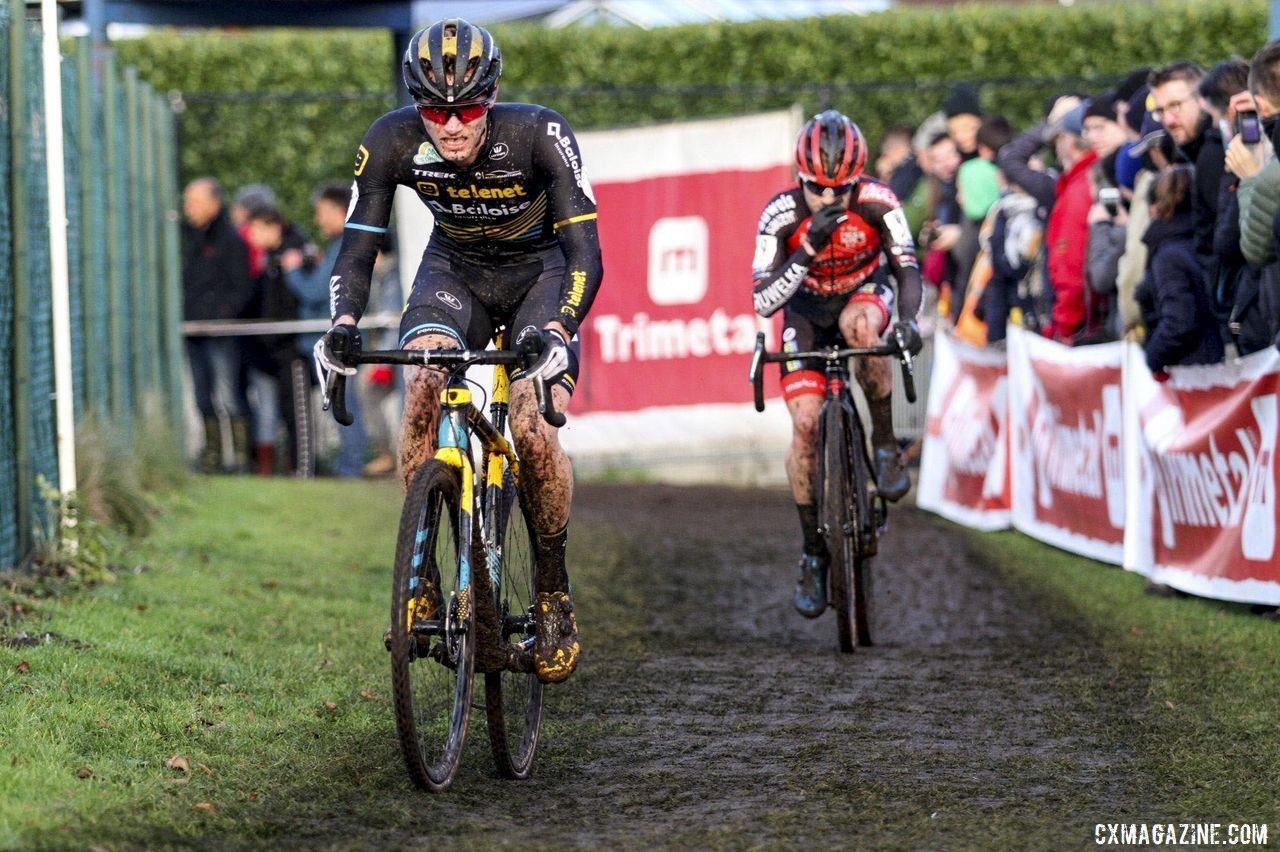 Corne van Kessel and Eli Iserbyt set the pace early on. 2019 Azencross, Loenhout. © B. Hazen / Cyclocross Magazine