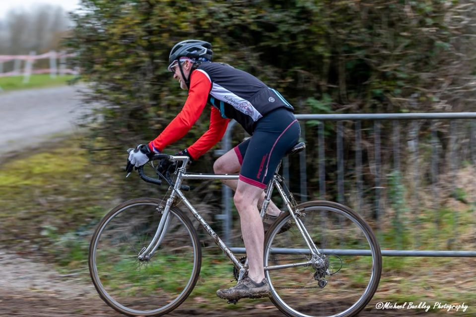 Brendan Hennessy rides his Alan frame in a cyclocross race. © Michael Buckley