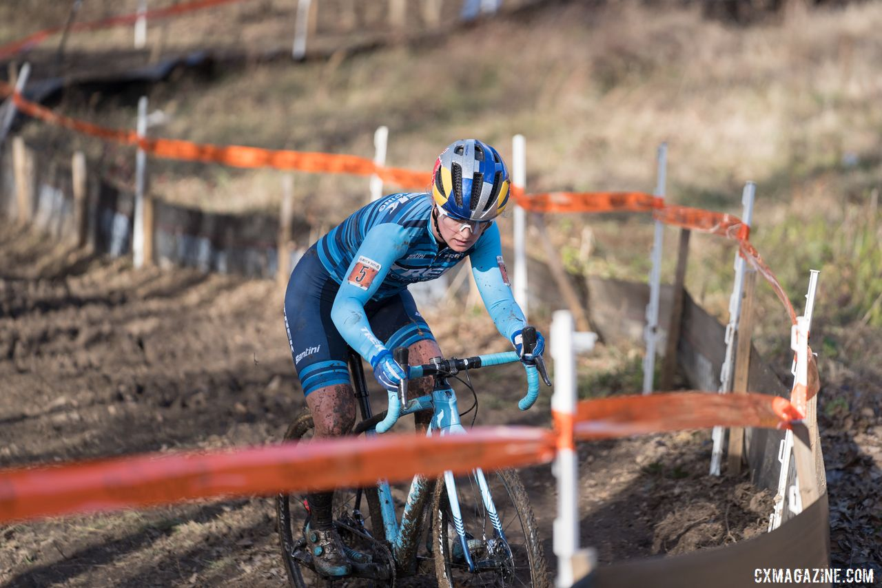 Ellen Noble said there are a number of positives she is hoping to take with her from this challenging season. 2019 Ruts n' Guts. © P. Means / Cyclocross Magazine