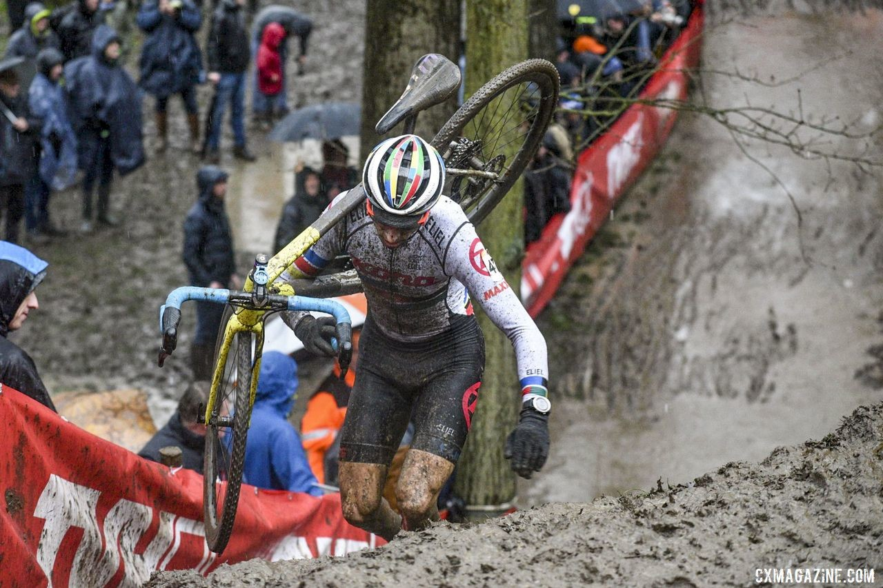 Namur proved a challenging race for Werner and all competitors this year. 2019 Namur UCI Cyclocross World Cup. © B. Hazen / Cyclocross Magazine