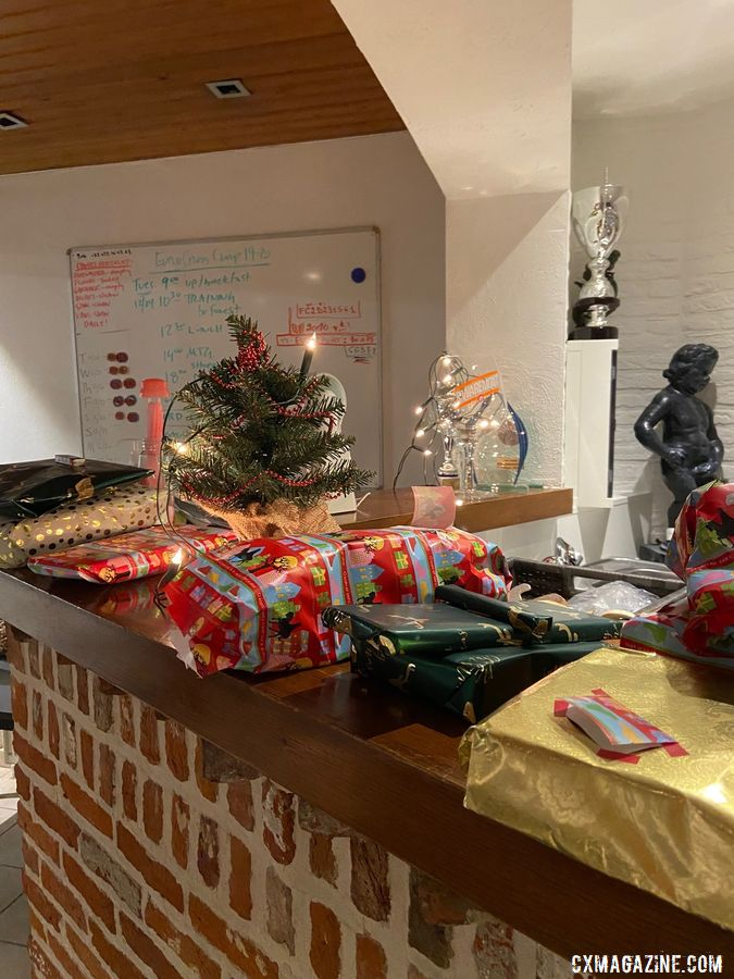 Christmas morning included exchanging gifts. photo: Eleanor Dyas