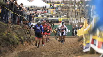 Coogan Cisek ended up racing with the leaders at Zonhoven, at least temporarily. © Luc Wilms